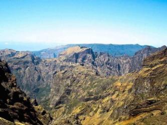 Walk to Pico Ruivo from Achada Teixeira in Madeira