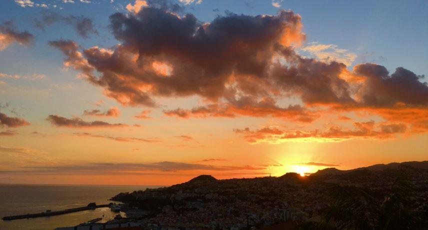 Лучшие места для наблюдения за закатом на Мадейре - смотровая площадка Невес Фуншал