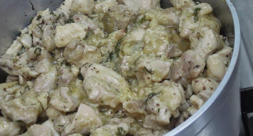 Carne vinha d'alhos - 18 plats que vous devez absolument essayer pendant vos vacances sur l'île de Madère