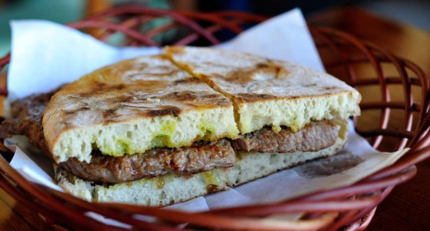 Prego no Bolo do Cabo - 17 Dishes You Absolutely Must Try During Your Vacation in Madeira Island (2)